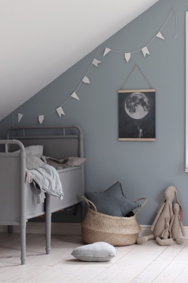 Neutral wall colour