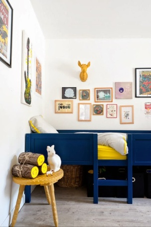 Curating art work in kids bedroom